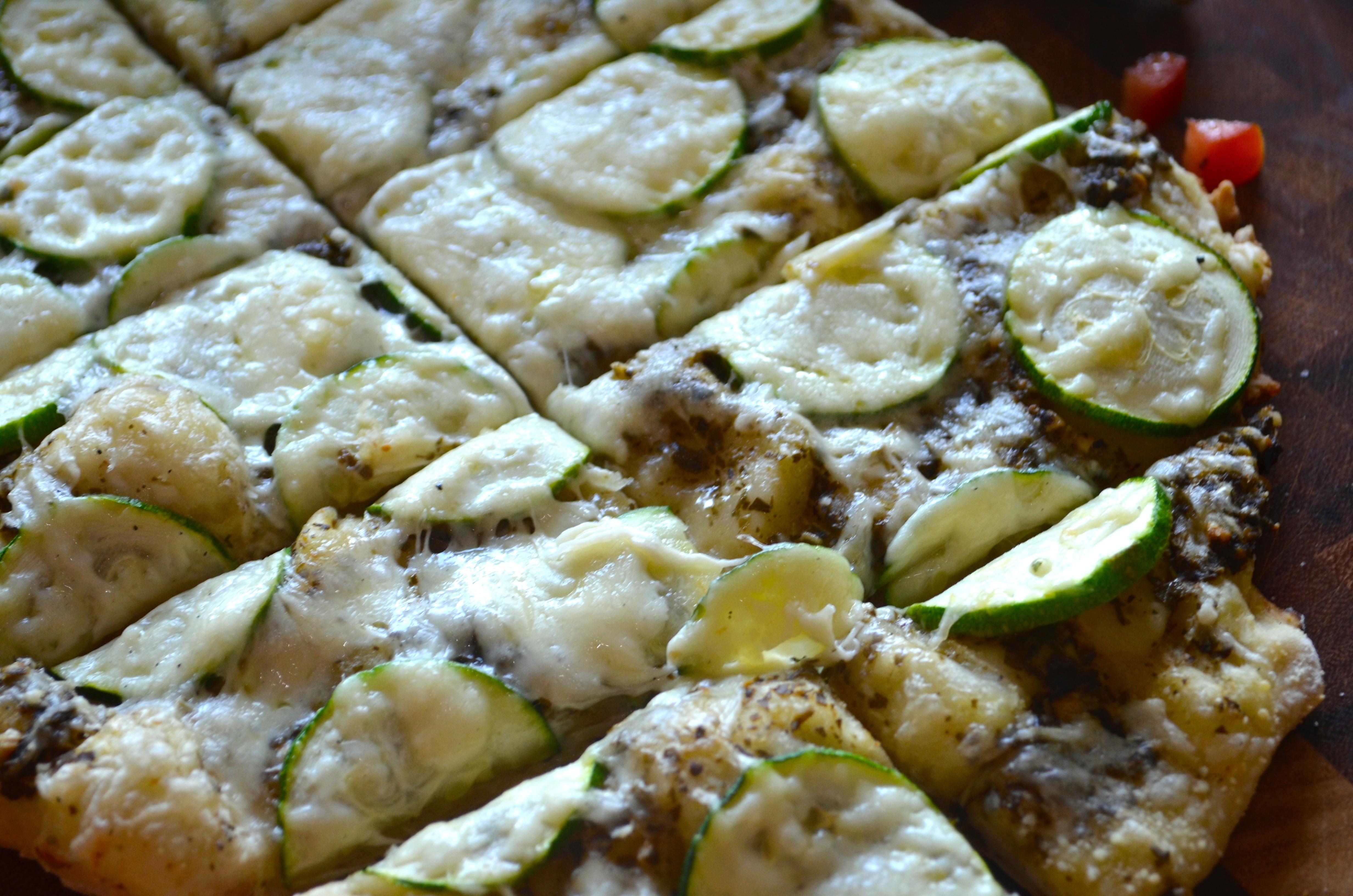 Zucchini-Pesto Pizza Recipe — Dishmaps